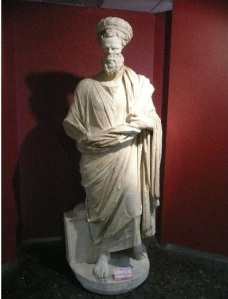 4762185-Archaeology_Museum_Sculpture_Izmir
